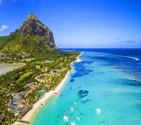 Le Morne Brabant Tropical Beach